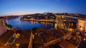 Panorama oude stad Porto bij rivier Duoro, met Haven stock footage
