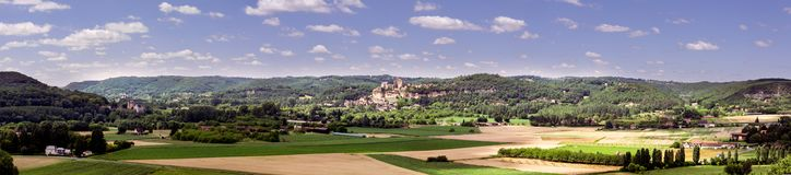 Panorama på ett typisk Perigord landskap i Frankrike Arkivfoto