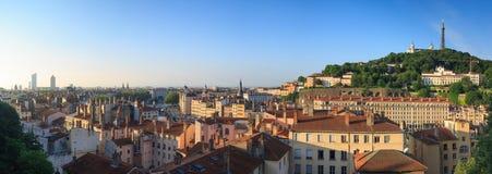 Panorama på Lyon under soluppgång Arkivbilder