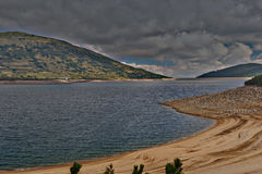 Panorama på sjön i Bulgarien Arkivbild