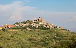 Panorama på Ujue, Navarre, nordliga Spanien Arkivbilder