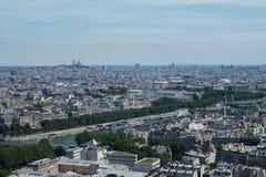 panorama paris Beskåda från eiffel står hög france Arkivfoto