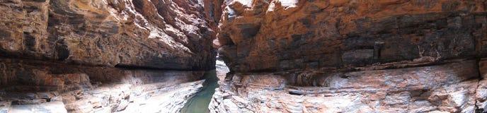 Panorama - parque nacional de Karijini, Austrália Ocidental Imagem de Stock Royalty Free