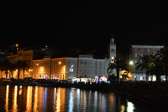 Panorama partido por noche Imagenes de archivo