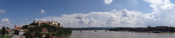 Panorama Petrovaradin-Festung I Stockfoto
