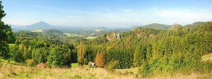 Panorama piękny krajobraz Zdjęcia Royalty Free