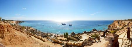 Panorama plaża przy luksusowym hotelem Fotografia Stock