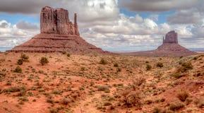 Panorama Pomnikowa dolina w Arizona w czarny i biały Obrazy Stock