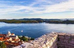 Panorama śródziemnomorski miasto Sibenik Obrazy Stock