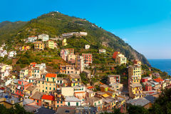 Panorama Riomaggiore, Cinque Terre, Liguria, Włochy obrazy royalty free
