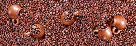 Panorama of roasted coffee beans Royalty Free Stock Photography