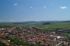 Panorama Rupea-Stadt in Siebenbürgen, Brasov, Rumänien - Ansicht von Rupea-Festung lizenzfreie stockbilder