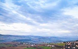 Panorama rural de Fermo, campo italiano Fotos de Stock Royalty Free