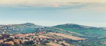 Panorama rural do campo italiano Itália, Fermo Fotografia de Stock Royalty Free