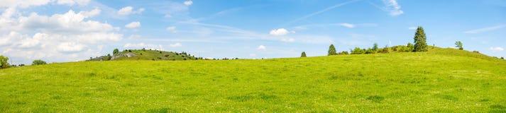 Panorama rurale del paesaggio - Eseslburger Tal, alpi sveve Fotografia Stock