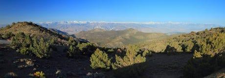 Panorama's van Sierra Nevada van Witte Bergen, Californië stock foto's
