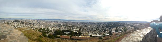 Panorama San Fransisco od bliźniaków szczytów przegapia Zdjęcie Royalty Free