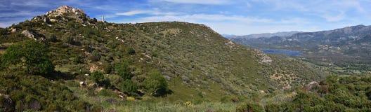 Panorama Sant Antonino von Dorf und von Regino Plane in Korsika stockfotografie