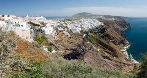 panorama- santorinisikt för fira Royaltyfri Bild