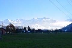 Panorama sbalorditivo sopra le alpi svizzere Immagine Stock Libera da Diritti