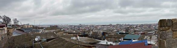 Panorama septentrional de Derbent imagenes de archivo