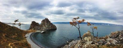 Panorama Shamanka skała na Jeziornym Baikal Obraz Royalty Free