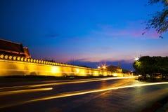Panorama- sikt av Bangkok på nighttimen Royaltyfria Bilder