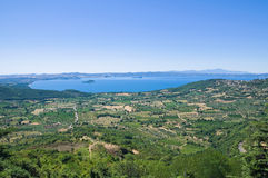Panorama- sikt av Montefiascone. Lazio. Italien. royaltyfri fotografi