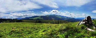 panorama- sikt för berg Fotografering för Bildbyråer