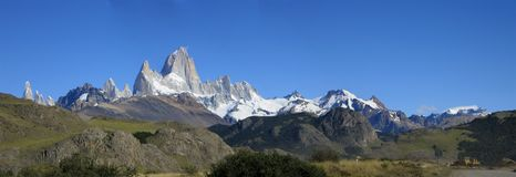 panorama- sikt för berg Arkivfoto