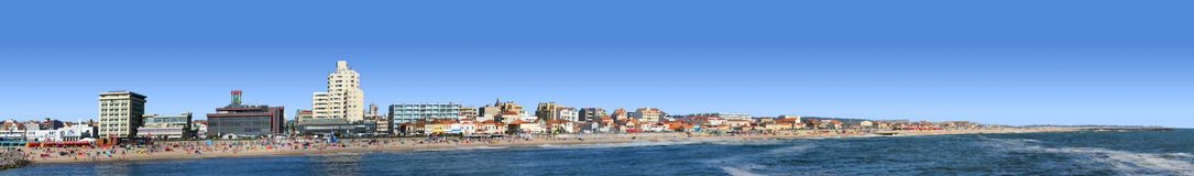 panorama- sikt för strand Arkivfoton
