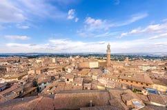 Panorama- sikt Siena för flyg- solnedgång Tuscany Italien Tu Royaltyfri Foto