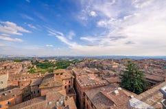 Panorama- sikt Siena för flyg- solnedgång Tuscany Italien Tu Arkivfoto