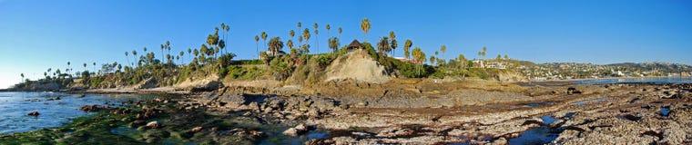 Panorama skała stosu plaża, Heisler park i laguna beach. Obrazy Royalty Free