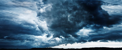 Panorama of sky with thunderclouds Royalty Free Stock Photos
