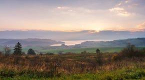 Panorama soleggiato di mattina di autunno della Slovacchia Scena rurale di caduta Immagini Stock Libere da Diritti