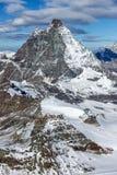 Panorama stupefacente del supporto il Cervino coperto di nuvole, cantone del Valais, alpi Fotografia Stock Libera da Diritti
