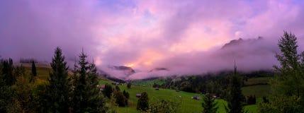 Panorama suíço das montanhas Fotos de Stock Royalty Free