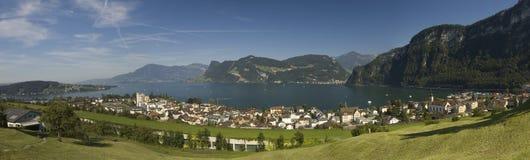 Panorama suizo grande Fotos de archivo