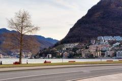 Panorama sul lago di Lugano in Svizzera immagine stock libera da diritti