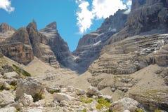 Panorama sulle montagne del lato Trentino Alto Adige delle dolomia Fotografia Stock