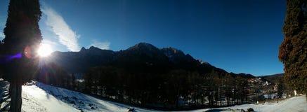 Panorama superior de la montaña Fotografía de archivo