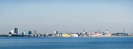 panorama- tallinn sikt Arkivfoton