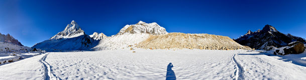 Panorama of Tapovan meadow with mount Shivling and Royalty Free Stock Photography