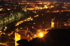 panorama- tbilisi för natt sikt Arkivfoton