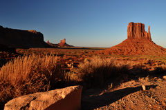 Panorama tribal de stationnement d'Indien de Navajo de vallée de monument Photos stock