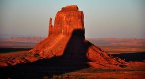 Panorama tribale della sosta dell'indiano di Navajo della valle del monumento Fotografia Stock Libera da Diritti
