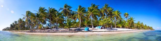 Panorama tropical da praia imagem de stock