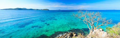 Panorama tropical de lagune Photographie stock