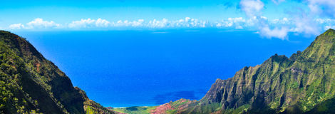 Panorama tropical do paraíso, vale de Kalalau, Kauai Foto de Stock Royalty Free